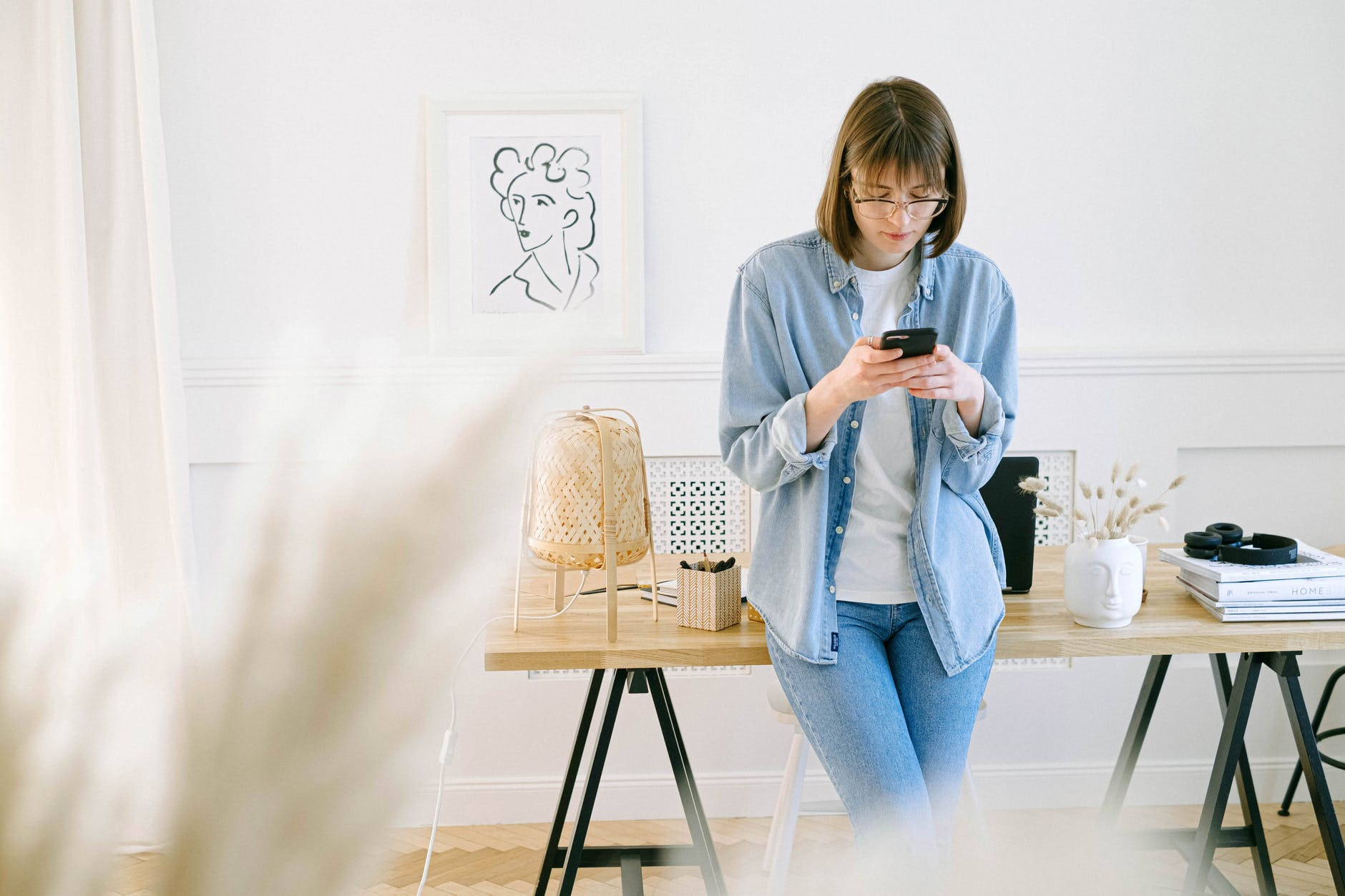 woman using her smartphone